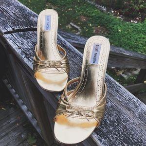 Steve Madden | Gold Kitten Heels with Bows